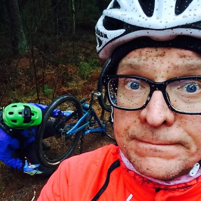 Petterin kanssa Sipoonkorvessa.